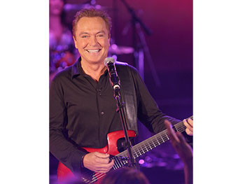 David Cassidy performs 'I Think I Love You.'