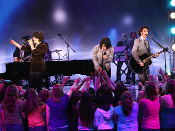 The Jonas Brothers perform 'When You Look Me in the Eyes.'
