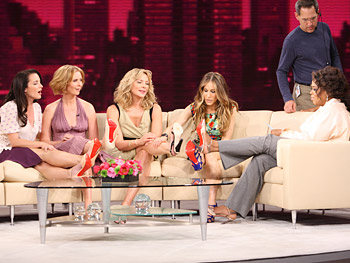 Oprah and the 'Sex and the City' ladies compare shoes.