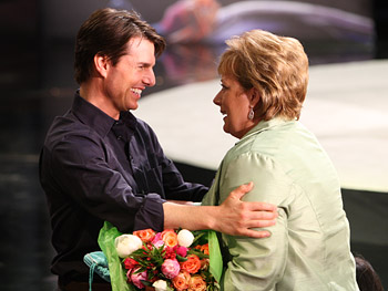 Tom Cruise surprises Nancy with a meaningful gift.