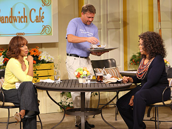 Oprah tries Zingerman's brisket.