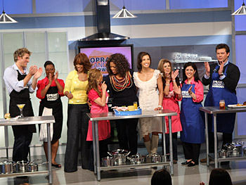 Oprah, Gayle King and Padma Lakshmi with the sandwich showdown teams