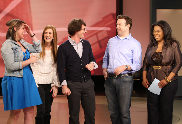 Kristen Wiig, Andy Samberg, Jason Sudeikis and Oprah surprise Jackie