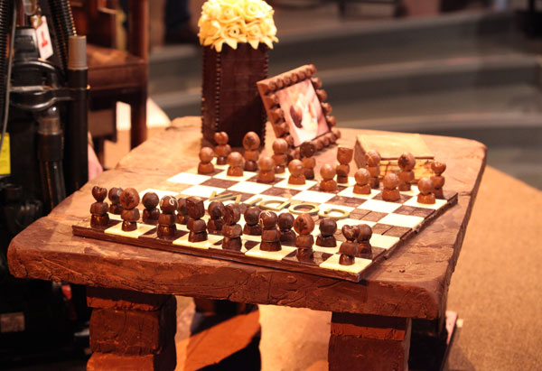 Oprah's chocolate chess set