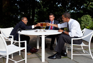 Dr. Henry Louis Gates Jr. with James Crowley and President Barack Obama