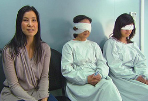 Lisa Ling With Two Patients