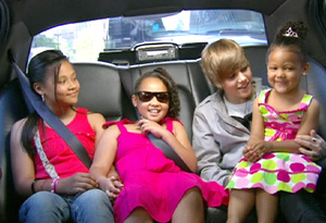 Justin Bieber with the Simon girls