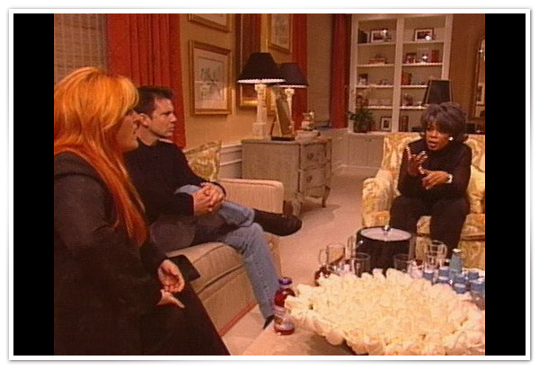 Wynonna Judd talks about her weight in Oprah's office.