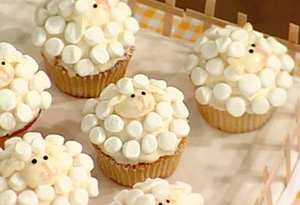 Marshmallow Sheep and Nesting Baby Bluebird Cupcakes