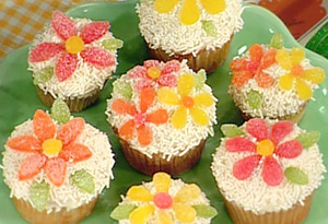 Spring Cupcakes created by Martha Stewart