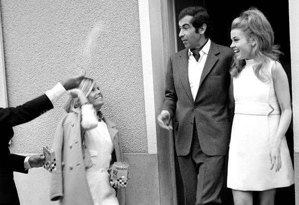 Jane Fonda marries Roger Vadim in 1965