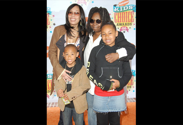 Whoopi Goldberg, Alex Martin and Whoopi's grandchildren