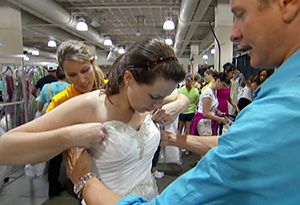 Carson Kressley visits the Running of the Brides.