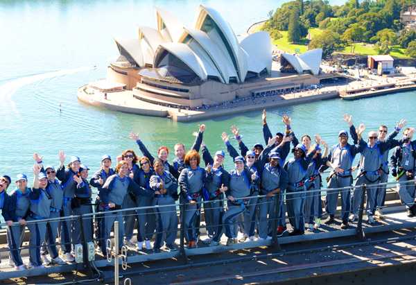 Oprah, Gayle and Ultimate Viewers at the Sydney Harbour Bridge