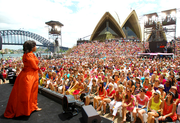 Oprah greets the crowd at the Sydney Opera House.