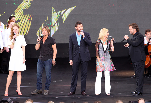 Nicole Kidman, Keith Urban, Hugh Jackman, Olivia Newton-John and Russell Crowe singing on stage at the Sydney Opera House