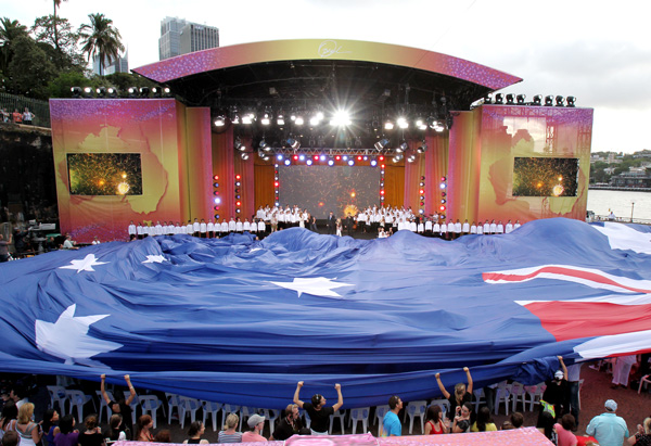 Australian flag rolling out over Oprah's audience