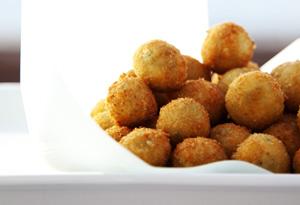 Crispy Pea and Mint Risotto Balls
