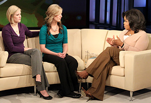 Twins Kellie and Kathie Henderson with Oprah