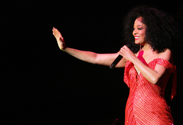 Diana Ross performing at Madison Square Garden, 2007