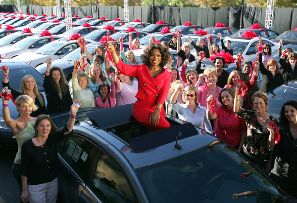 Oprah gives cars to her audience
