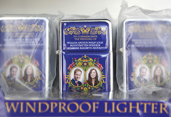 Royal wedding commemorative lighter