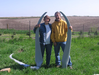 Mark Runquist and his wife, Linda Barnes