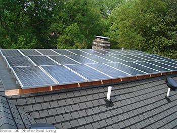 Al Gore's rooftop solar panels