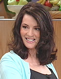 Nigella Lawson, English domestic goddess