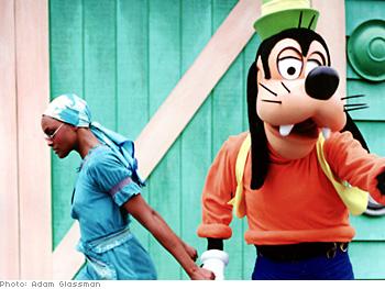 Model Lisa Butler and Goofy