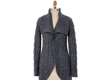 Wide-collar cardigan
